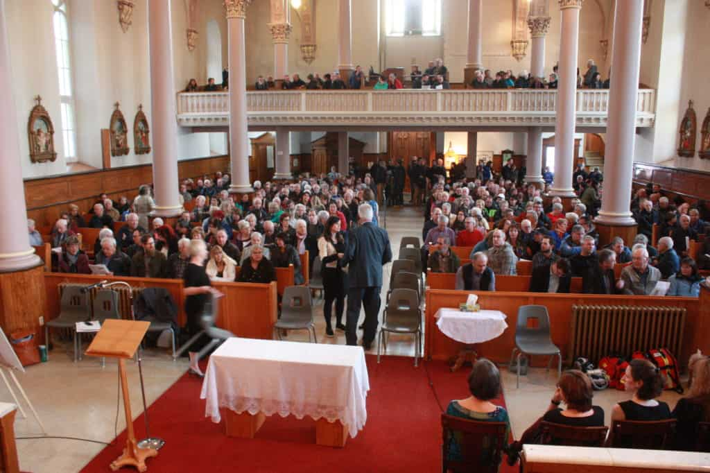La rencontre a attiré entre 350 et 400 personnes